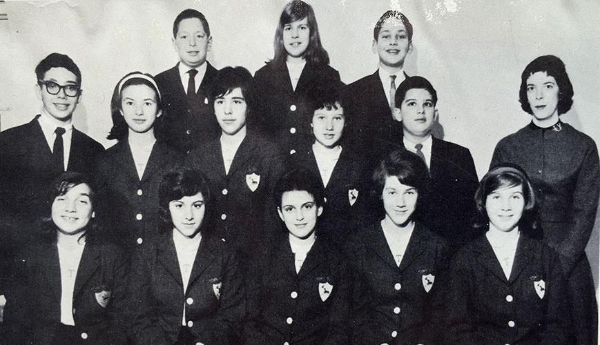 first8thGradeClass1962.jpg